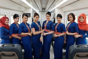 6 Fakta menarik kereta bandara Soekarno Hatta, ada pramugari cantik