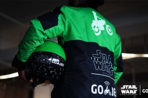 GO-JEK berkeliaran dengan jaket STAR WARS, ada apa?