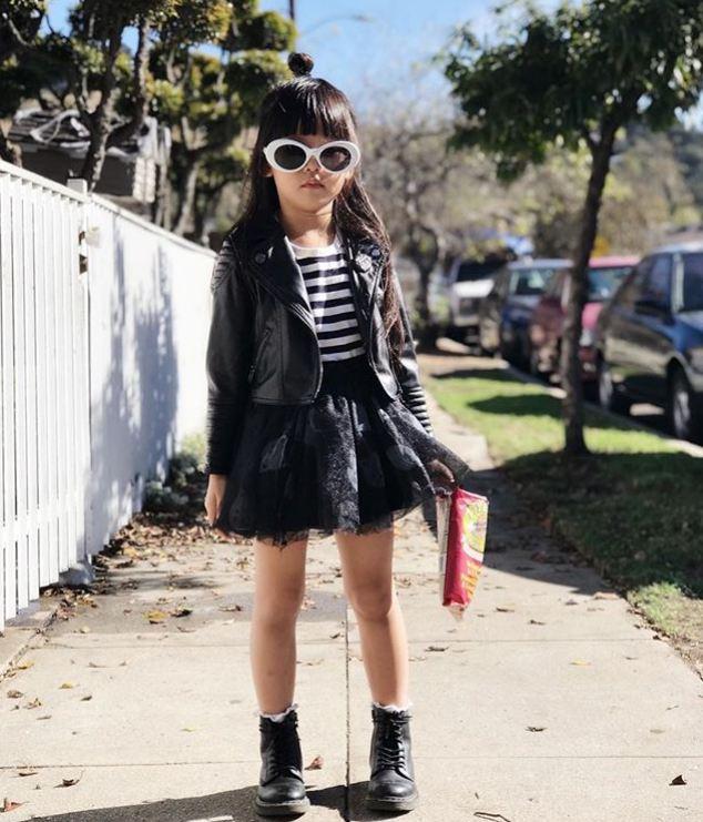 12 Penampilan fashion influencer © 2017 Instagram