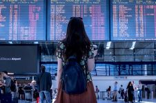 10 Kesulitan yang merusak travelingmu ini bisa diatasi cukup pakai HP
