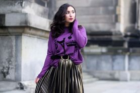10 Mix & match outfit ultraviolet, warna yang bakal ngetren di 2018