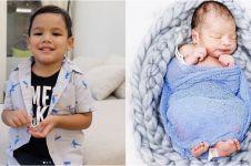 Momen lucunya dua anak Titi Kamal, Juna & baby Kai saat main bareng