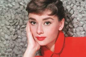 Tampil klasik vintage dan menawan dengan makeup ala Audrey Hepburn