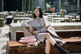 Contek 9 gaya OOTD fashion blogger Olivia Lazuardy, chic & glamor abis