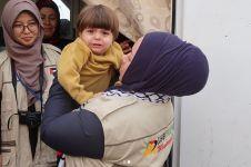 7 Momen mengharukan saat Melly Goeslaw tiba di Palestina