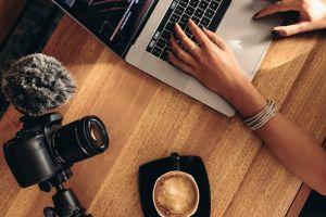 8 Rahasia jadi vlogger hits, dari belajar sampai ikut kompetisi vlog