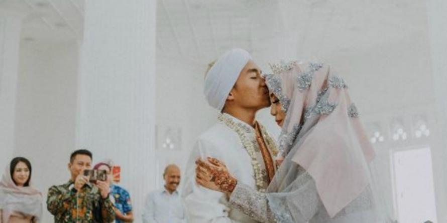 Selain Salmafina, 11 seleb ini baru nikah sudah gugat cerai pasangan
