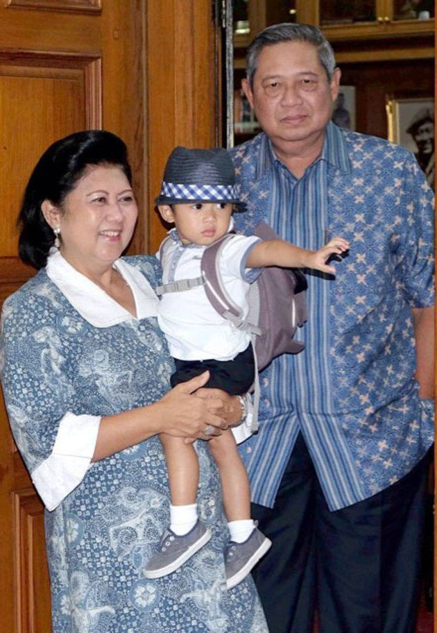 ani yudhoyono asuh cucu © Instagram/@aniyudhoyono
