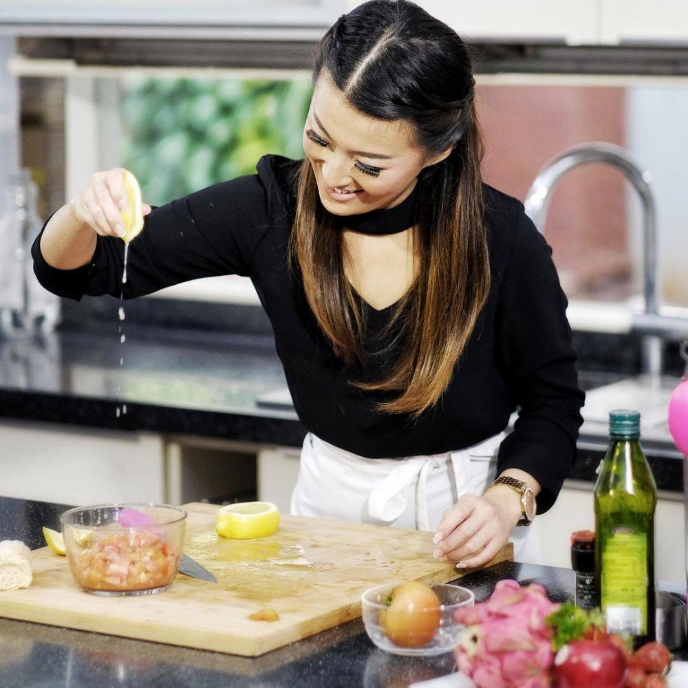 Pose aduhai Chef Priscil © 2018 instagram