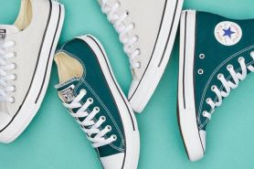 6 Tips merawat sepatu berbahan kanvas biar nggak cepet rusak