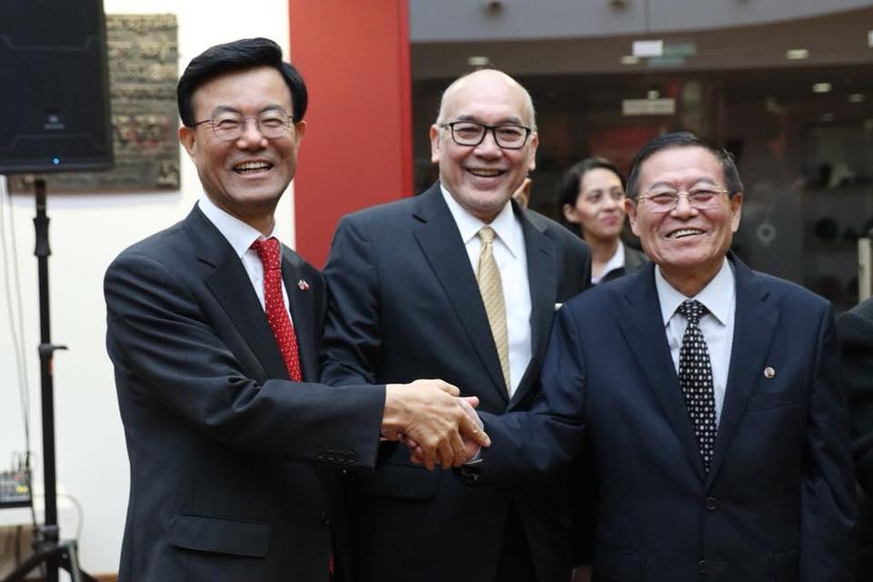 Orang Indonesia ini bikin Dubes Korsel dan Korut mau bersalaman, hebat