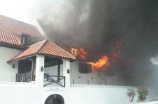 7 Foto kebakaran di Museum Bahari Jakarta, hanguskan benda bersejarah