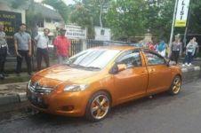 Heboh mobil bermuka dua di Bandung ditilang polisi, ini penampakannya