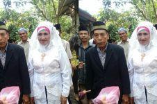 Kisah haru di balik pernikahan nenek 60 tahun, ada penantian sejati