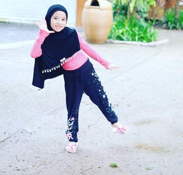 anak artis pakai hijab © 2018 brilio.net berbagai sumber