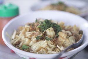 3 Bubur ayam paling nagih di Jakarta, ada yang langganan orang top lho