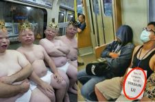 10 Kelakuan konyol penumpang di kereta, bikin geleng-geleng