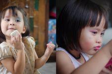 10 Gaya kocak putri Zaskia Adya Mecca saat mainan makeup, gemes deh