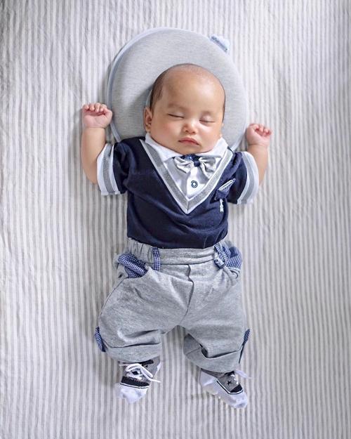 baby xabiru  © 2018 berbagai sumber