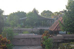 Demi ngalap berkah, rela setahunan nginap di kompleks makam Kotagede