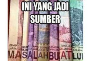 10 Meme 'efek uang' ini kocaknya bikin cengengesan sendiri