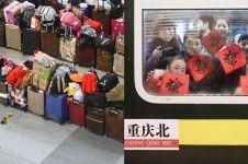 10 Foto suasana mudik sambut Imlek di China, ada antrean tas & koper