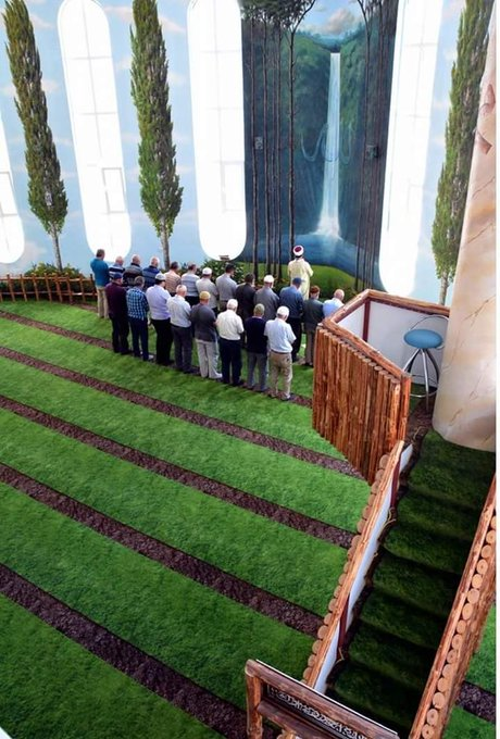 7 Potret Indahya Masjid Bertema Alam Ini Bikin Kamu Takjub