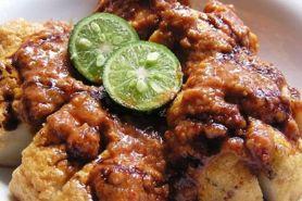 5 Spot makan batagor ini paling terkenal di Bandung, langganan artis