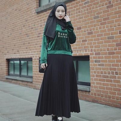 Dikenal ikon hijab, ini beda gaya YouTuber Gita Savitri & Irna Dewi