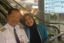 8 Fakta Capt Aam, pilot yang nunggu 20 tahun nikahi pujaannya sejak SD