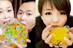 Tren makan es batu secara live di China, ngilu nggak tuh?