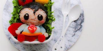 7 Kreasi bento karakter superhero ini keren, jadi nggak tega makan nih