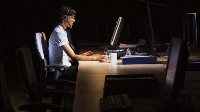 Sering kerja sampai tengah malam berisiko kena 11 macam kanker, duh! © 2018 brilio.net