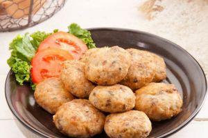 Tak disangka, 4 kuliner Indonesia ini berasal dari resep Belanda lho