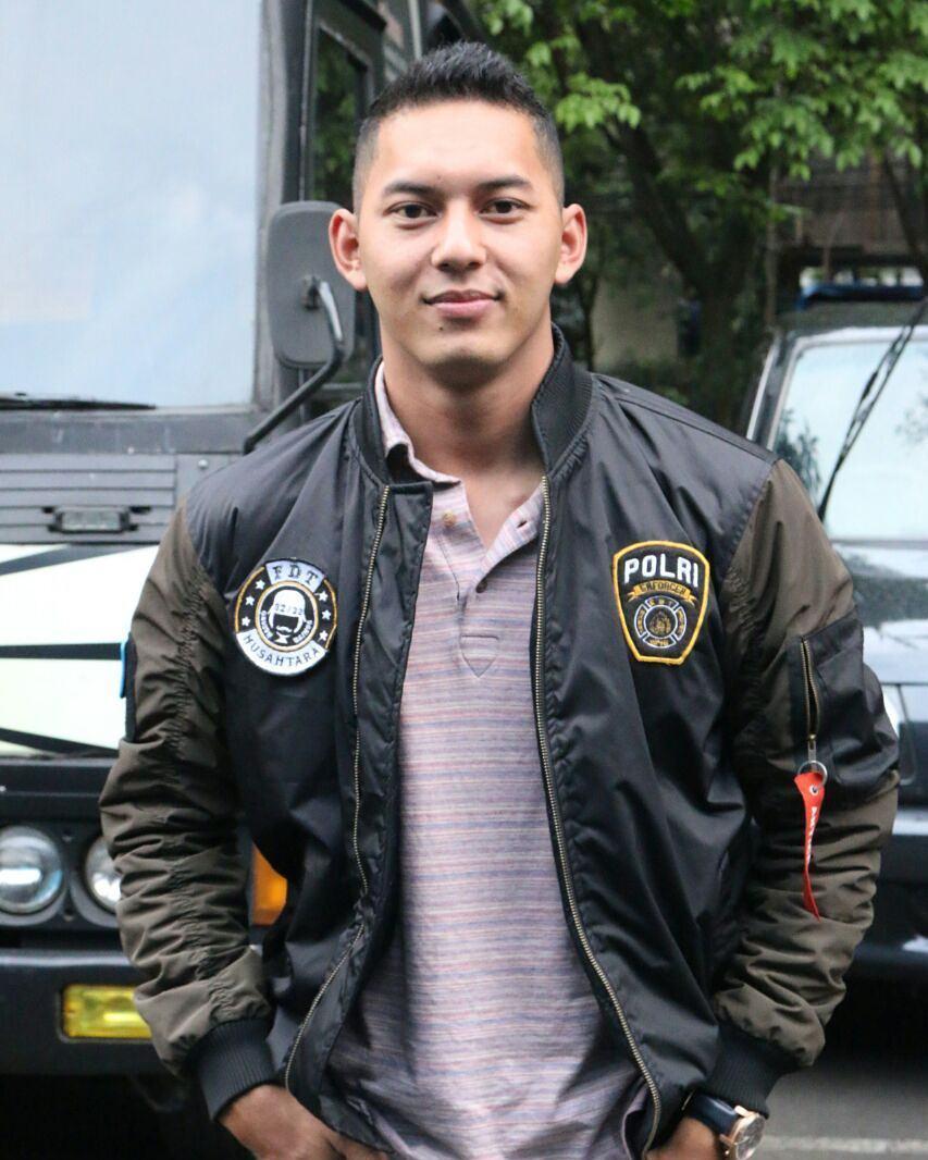 10 Potret Gariz Luis, polisi ganteng yang pernah main FTV