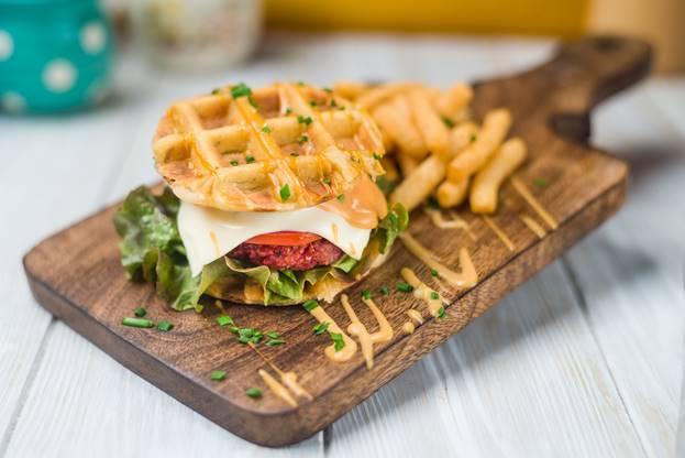 burger tanpa roti © 2018 Istimewa