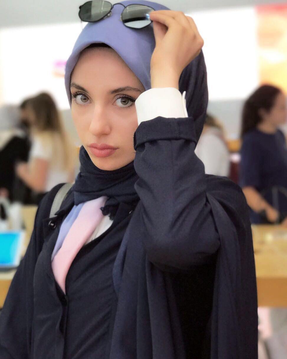 hijaber peraih medali emas taekwondo dunia © Instagram/@kubra.dagli