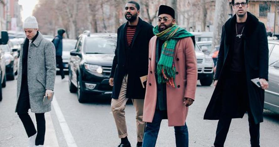 10 Gaya Mobolaji Dawodu, pria yang kenakan peci di Milan Fashion Week