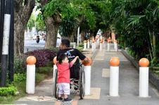 Kursi roda nggak bisa lewat trotoar, ini curhat difabel