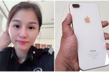 Alasan di balik wanita buang iPhone 8+ ke tong sampah ini gereget abis