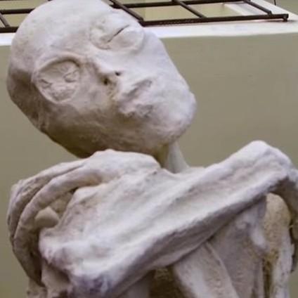 Hanya punya tiga jari, 7 potret mumi mirip alien ini bikin bergidik