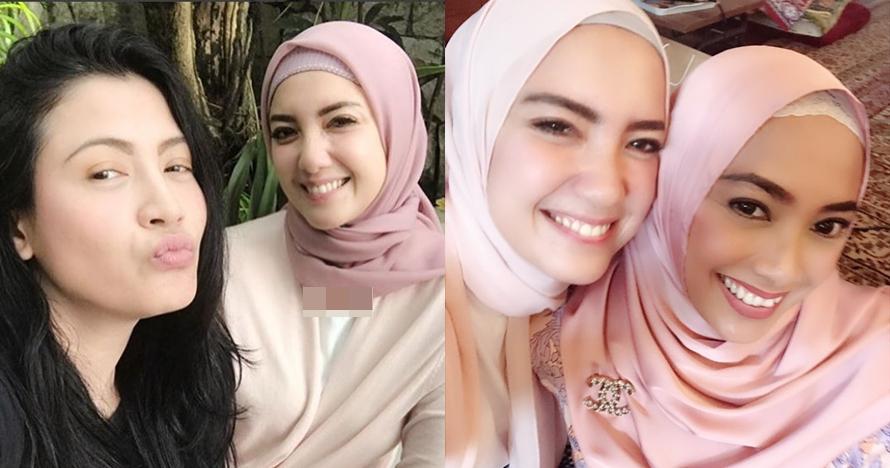 7 Penampilan terbaru Tia Ivanka dengan hijab, senyumnya bikin teduh