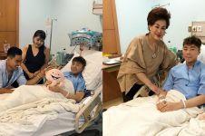 Muntah darah saat syuting, ini 7 potret Roy Kiyoshi terbaring di RS
