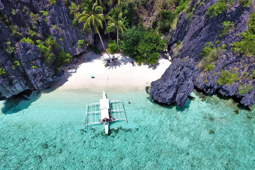 Tak cuma murah & bahasa mirip, ini 7 alasan harus liburan ke Filipina