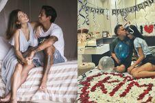 Adu gaya Irfan Bachdim-Kim Kurniawan nempel pasangan, mana paling hot?