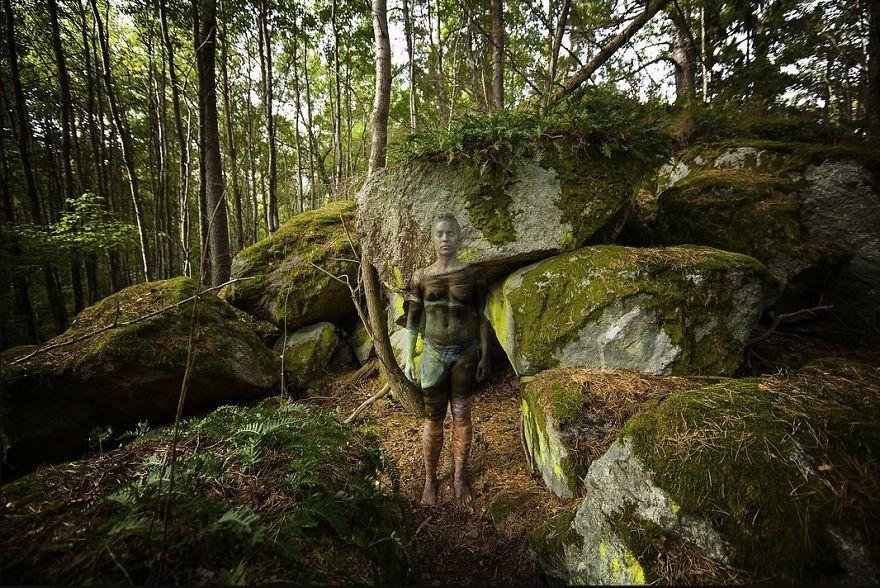 body painting sama alam nih © vijilaart.com