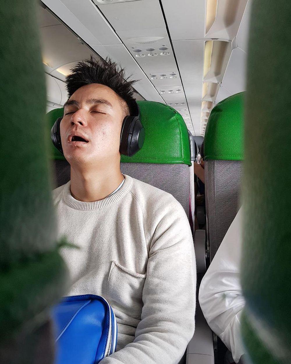 mangap di pesawat © 2018 brilio.net