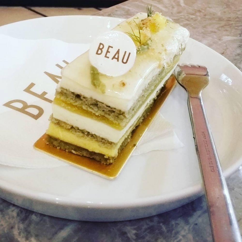 6 Kreasi cake © 2018 Instagram