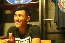 10 Keseharian bintang U-23 Hanif Sjahbandi, bantu anak pengidap kanker