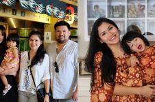 10 Pesona Rosanti Herartri, kakak ipar Raisa yang tak kalah cantik
